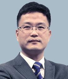 冯霄飞-萧山刑事律师照片展示