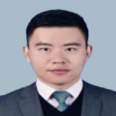 董通-武汉著名知识产权律师照片展示