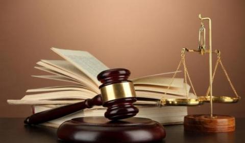一个案件能委托几个律师?民事诉讼代理人的范围是什么?